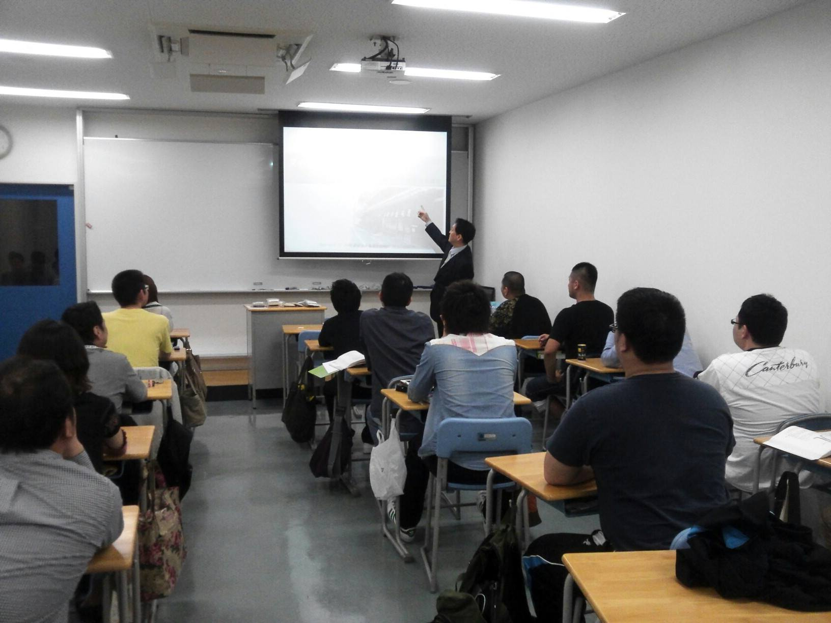 もぐさの製造に関する講演風景-朝日医療専門学校岡山校様_2013年